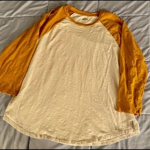 Old Navy Gold/White XXL Long Sleeve Shirt